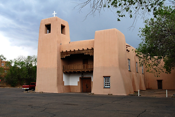 Santa Fe New Mexico, Cristo Rey Church